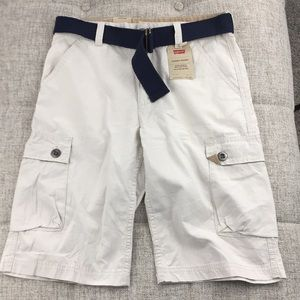•NEW• Levi's Cargo Shorts Size 16 Reg